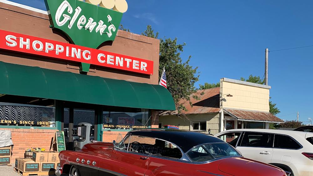Glenn's Shopping Center